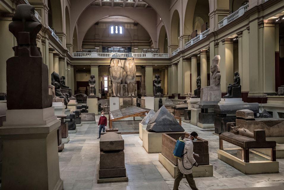 ضد عفونی سالن سلطنتی مومیایی ها را در موزه مصر
