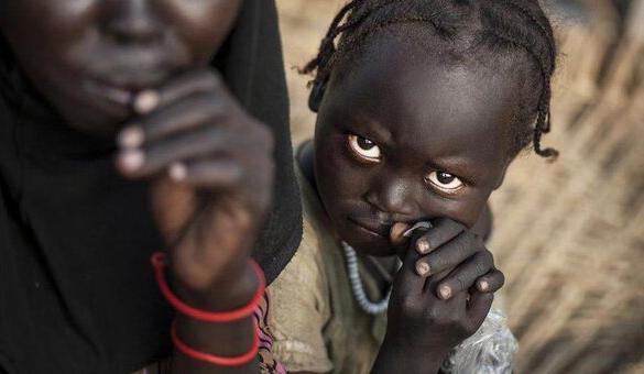 نگاهی به عکس هایی تکان دهنده از یک بحران جهانی