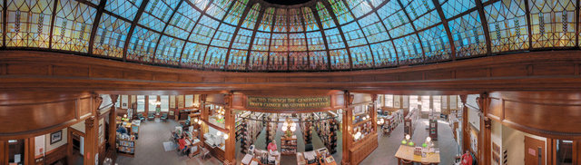 زیبایی کتابخانهها در عکسهای ۳۶۰ درجه