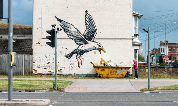 """نقاشیهای شهرهای ساحلی توسط """"بنکسی"""""""