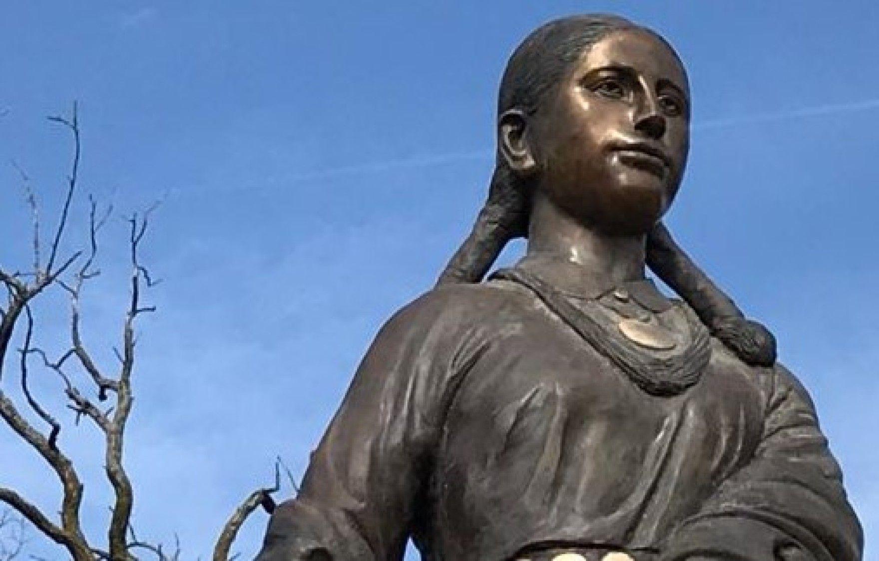 ناپدید شدن مجسمه برنزی 2متری در کانزاس سیتی