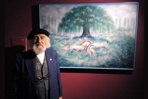 نقاشیهای حسین محجوبی به صورت دائم در باغ موزه نگارستان نمایش داده می شود